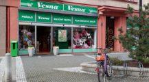 Český textilní řetězec Vesna stále odmítá zvýšit mzdy zaměstnancům
